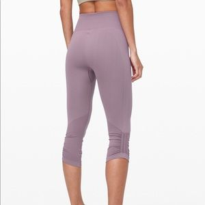 Lululemon crop 21""